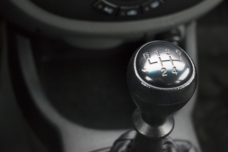 it s time to say goodbye death of the manual transmission garagefly rh garagefly com Manual Transmission Shift Levers Manual Transmission Shift Levers